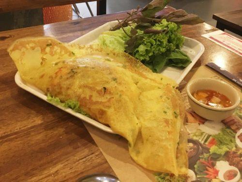 ベトナム料理 パインセオ
