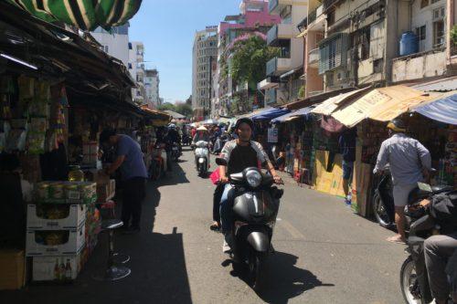 ベトナム ローカルな市場