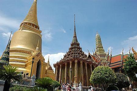 タイバンコク旅行 ワット・プラケオ 黄金仏塔