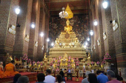 タイバンコク旅行 ワットポー 本堂の座釈迦像