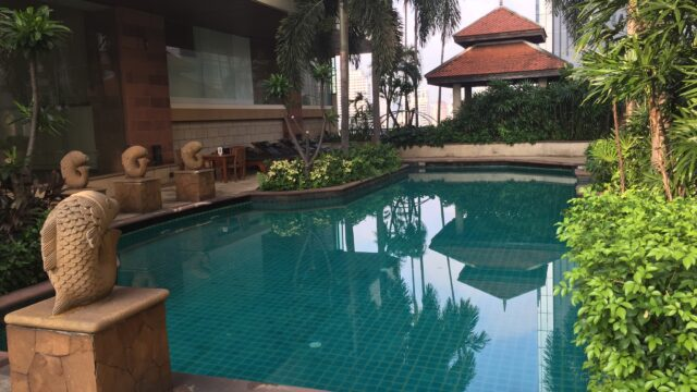 ホテル プール
